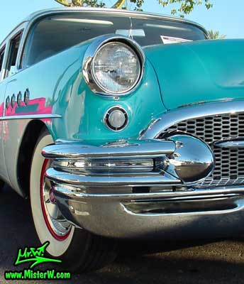 Photo of a turquoise 1955 Buick Stationwagon at the Scottsdale Pavilions Classic Car Show in Arizona. 1955 Buick Stationwagon Bumper Dagmar