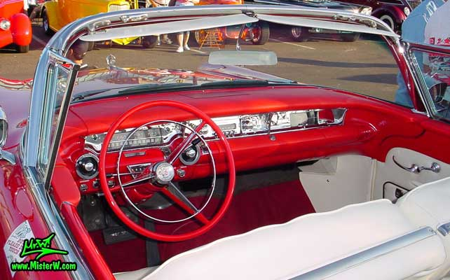 Photo of a white & red 1957 Buick Roadmaster Convertible at the Scottsdale Pavilions Classic Car Show in Arizona. 1957 Buick Roadmaster Convertible Interior & Dash Board