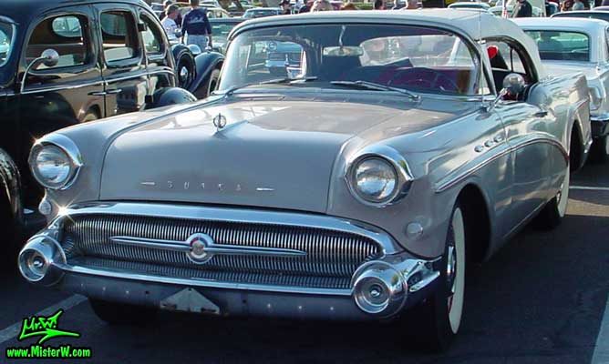 Photo of a grey 1957 Buick Convertible at the Scottsdale Pavilions Classic Car Show in Arizona. Grey 1957 Buick Convertible