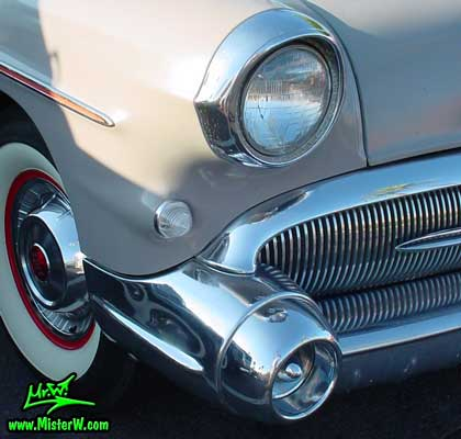 Photo of a grey 1957 Buick Convertible at the Scottsdale Pavilions Classic Car Show in Arizona. 1957 Buick Bumper Corner