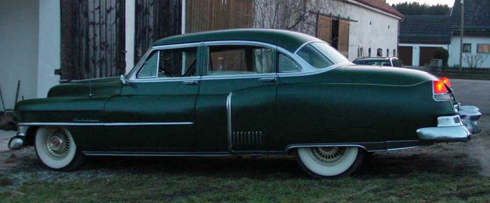 Photo of a green 1952 Cadillac Fleetwood Series 60 Special Sedan 4 Door Hardtop, provided by Chris from Starnberg, Germany. 1952 Cadillac Fleetwood Series Sixty Special Sideview