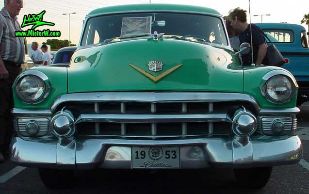 Chrome front grill of a turquoise 1953 cadillac 1953 for 1953 cadillac 4 door sedan