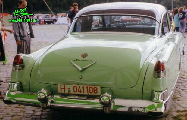 Photo of a jade 1953 Cadillac Fleetwood Series Sixty Special Sedan 4 Door Hardtop at a classic car meeting in Germany. Jade 1953 Cadillac Fleetwood Sixty Special