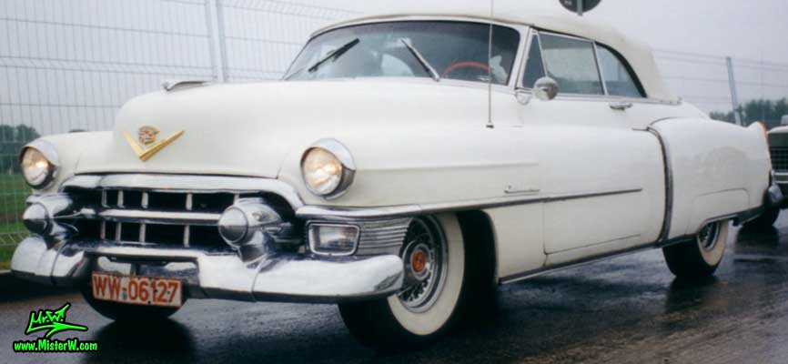 Photo of a white 1953 Cadillac Series 62 Convertible at the Wheels Nationals classic car meeting in Berlin, Germany. White 1953 Cadillac Cabrio