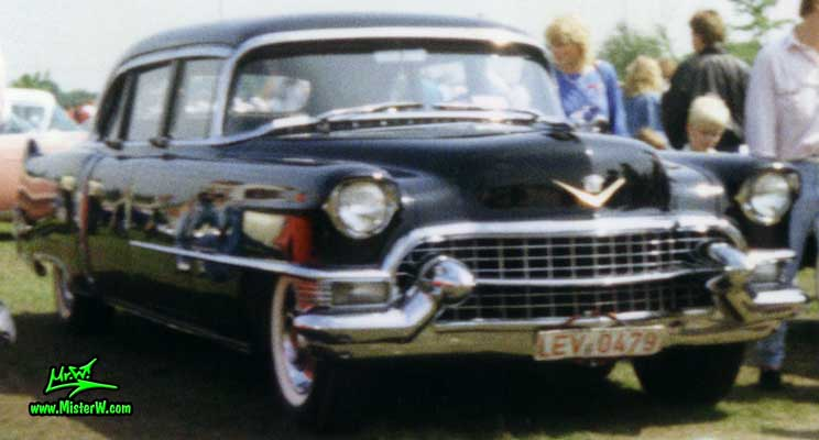 Photo of a black 1955 Cadillac Fleetwood Series 75 Limousine at a classic car meeting in K�ln Chorweiler (Cologne), Germany. 1955 Cadillac Fleetwood 4 Door
