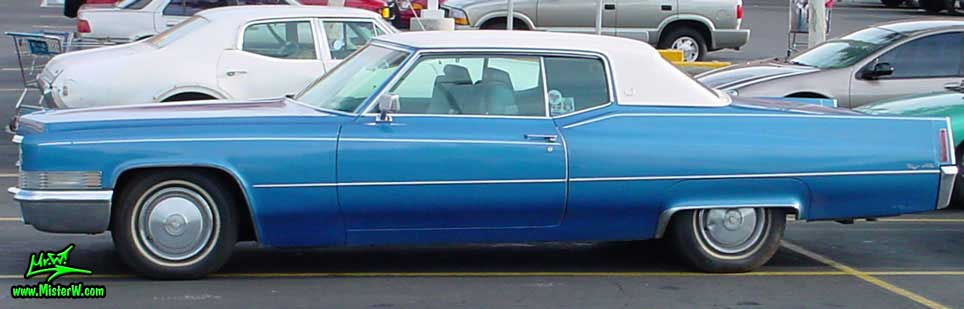 Photo of a blue 1970 Cadillac 2 Door Hardtop Coupe DeVille in Mesa, Arizona. Blue 1970 Cadillac Coupe DeVille
