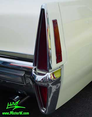 Photo of a white 1970 Cadillac Convertible at the Scottsdale Pavilions Classic Car Show in Arizona. 1970 Cadillac Tail Light