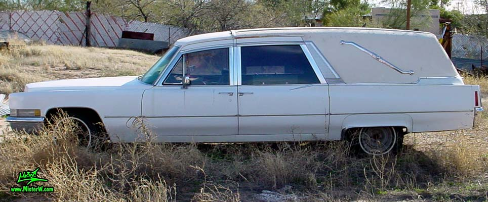 Photo of a white 1970 Cadillac Hearse in Tucson, Arizona. The Side of a 1970 Cadillac Hearse