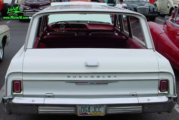 Photo of a white 1964 Chevrolet Stationwagon at the Scottsdale Pavilions Classic Car Show in Arizona. 1964 Chevy Stationwagon