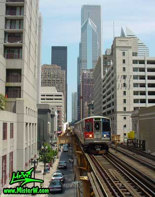 Photo of a subway train in downtown Chicago, taken from the Clark / Lake subway train station in summer 2004 The Subway in Downtown Chicago