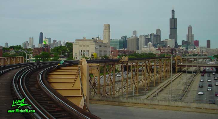 Photo of the subway bridge crossing the freeway Interstate I-290, taken from a subway train in summer 2004 Chicago Subway Bridge & Sears Tower