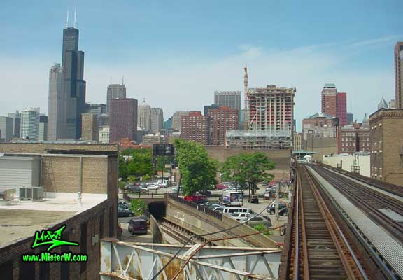 Photo of the the Sears Tower & the 311 South Wacker building, taken from a subway train close to the Roosevelt / Wabash Station in summer 2004 Elevated Subway Line in Downtown Chicago