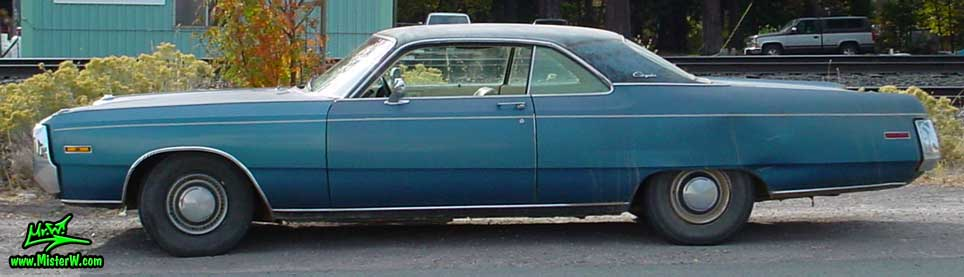 Photo of a blue 1970 Chrysler 2 Door Hardtop Coupe in Northern California. Fuselage style 1970 Chrysler Coupe