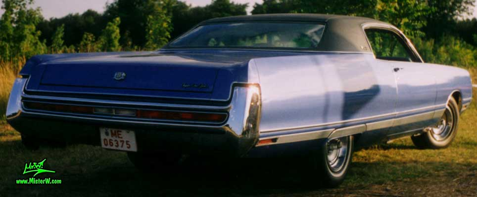 Photo of a blue 1972 Chrysler New Yorker 2 Door Hardtop Coupe at a Classic Car Meeting in Germany. Blue 1972 Chrysler Coupe