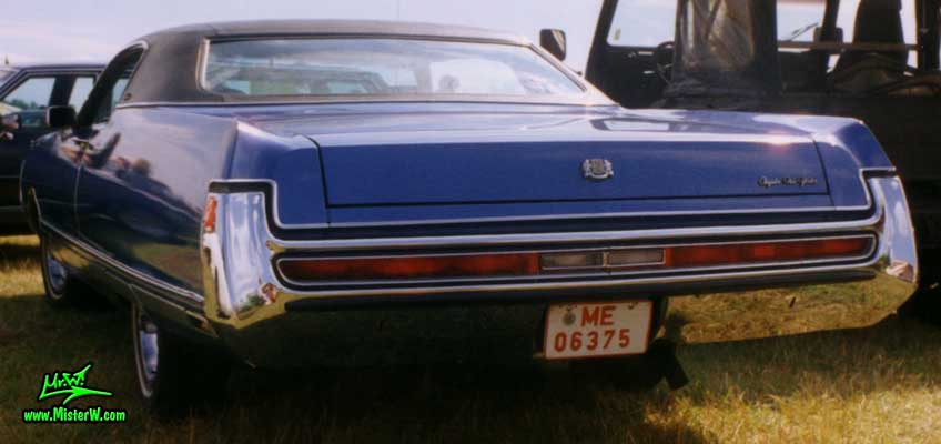 Photo of a blue 1972 Chrysler New Yorker 2 Door Hardtop Coupe at a Classic Car Meeting in Germany. Full Size 1972 Chrysler New Yorker Coupe