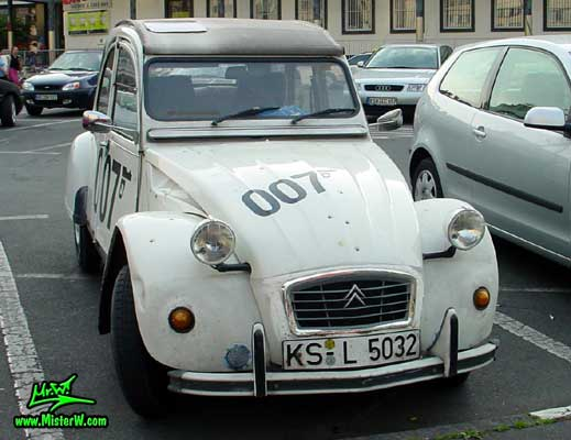 Photo of a white Citroen 2CV 4 Door Hardtop Sedan in Kassel, Germany. 2CV James Bond Edition