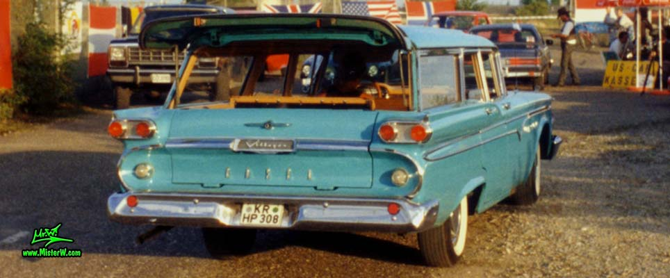 Photo of a turquoise 1959 Edsel Villager 4 Door Station Wagon at a Classic Car Meeting in Germany. 59 Edsel Villager Stationwagon