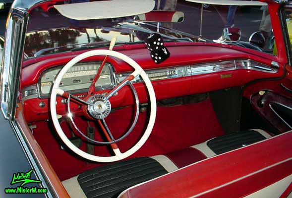 Photo of a black 1959 Ford Fairlane Retractable Hardtop / Convertible at the Scottsdale Pavilions Classic Car Show in Arizona. 1959 Ford Dashboard