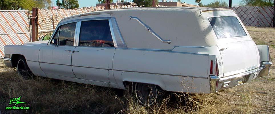 Photo of a white 1970 Cadillac Hearse in Tucson, Arizona. Beautiful Cadillac Hearse