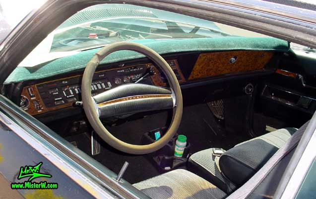 Photo of a black 1971 Imperial 2 Door Hardtop Coupe at a Classic Car Meeting in Phoenix, Arizona. 1971 Imperial Dashboard & Interior