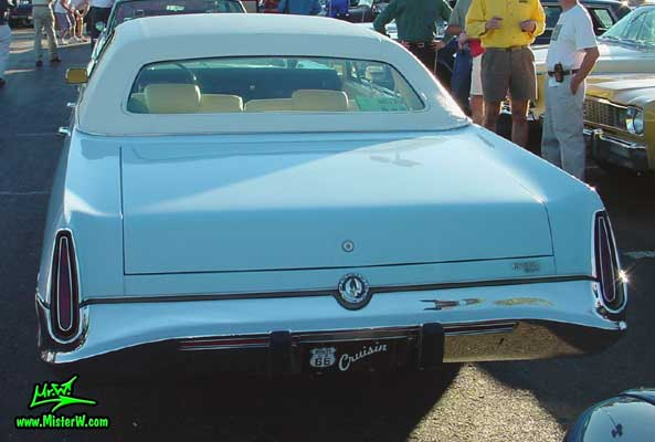 Photo of a blue 1973 Imperial 4 Door Hardtop Sedan at the Scottsdale Pavilions Classic Car Show in Arizona. 1973 Imperial Sedan Rear Bumper