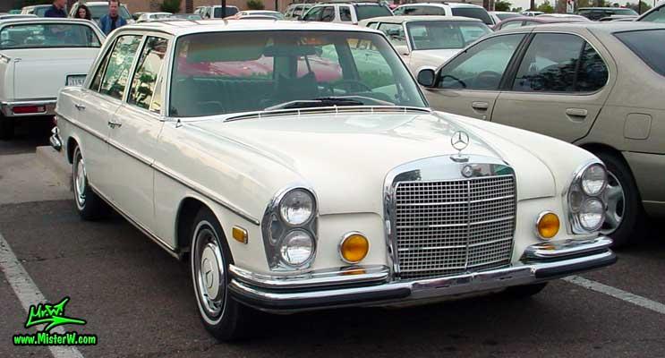 Photo of a white Mercedes Benz W108 W109 4 Door Hardtop Sedan at the Scottsdale Pavilions classic car show in Arizona. Mercedes W108 W109