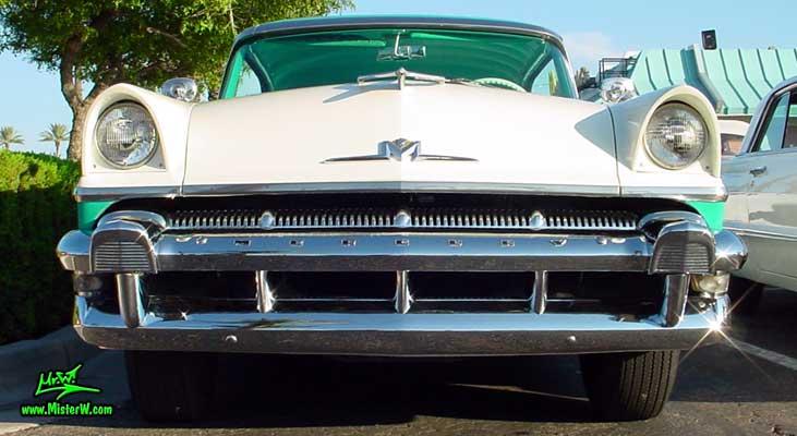 Photo of a white & turkquoise 1956 Mercury Monterey 4 Door Hardtop Sedan at the Scottsdale Pavilions Classic Car Show in Arizona. 1956 Mercury Monterey Sedan Frontview