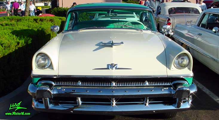 Photo of a white & turkquoise 1956 Mercury Monterey 4 Door Hardtop Sedan at the Scottsdale Pavilions Classic Car Show in Arizona. 56 Mercury Front