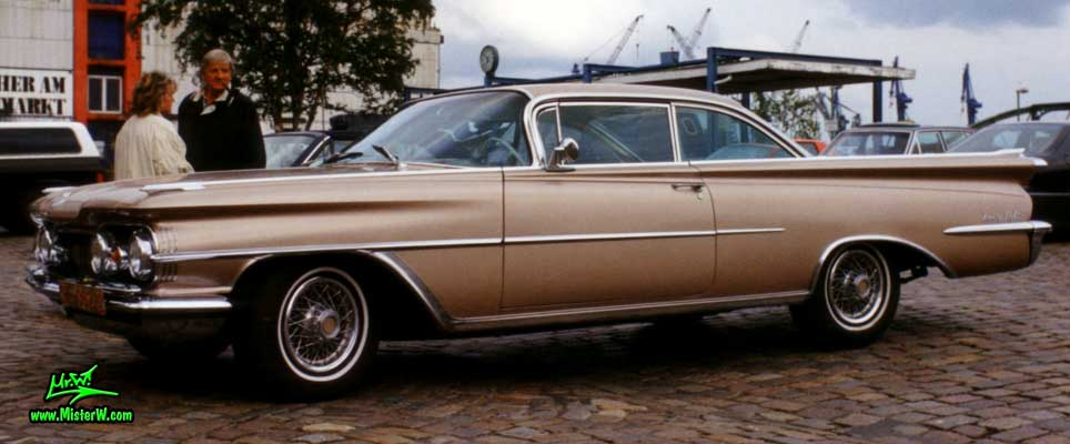 1959 Oldsmobile 98 Coupe