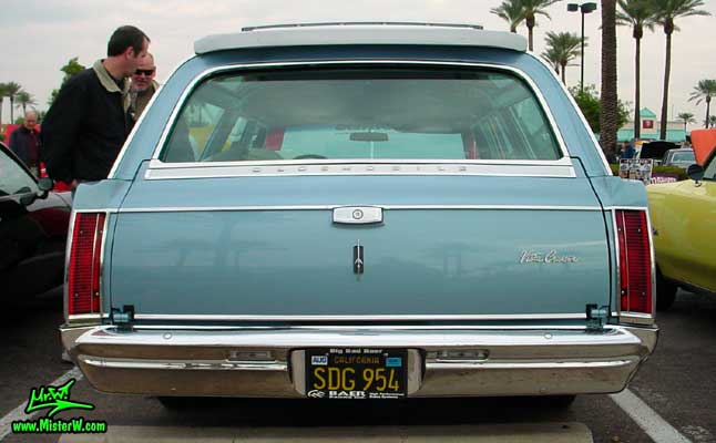 Photo of a blue 1966 Oldsmobile Vista Cruiser 4 Door Station Wagon at the Scottsdale Pavilions Classic Car Show in Arizona. 1966 Oldsmobile Wagon Rearview