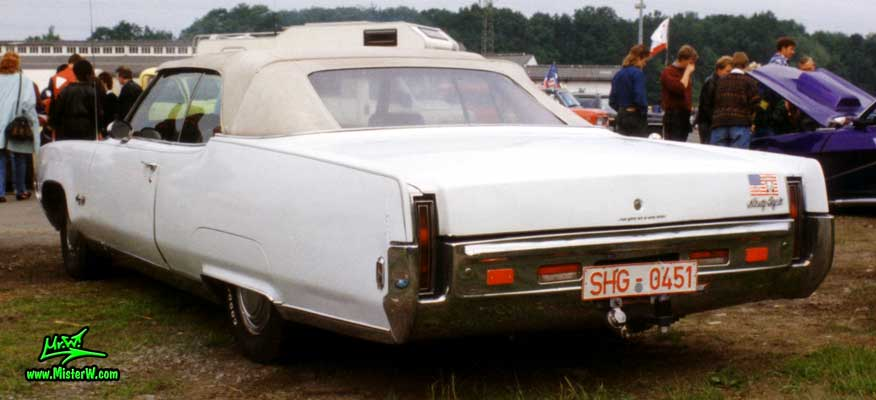 Photo of a white 1969 Oldsmobile Ninety Eight 2 Door Convertible at a Classic Car Show in Germany. 1969 Oldsmobile Convertible