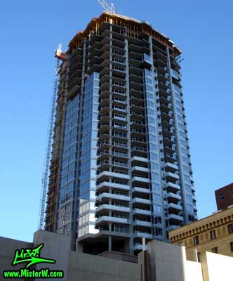 Photo of the 44 Monroe high rise building under construction, taken from Monroe Street & Central Avenue in August 2007 44 Monroe under construction in Phoenix, Arizona