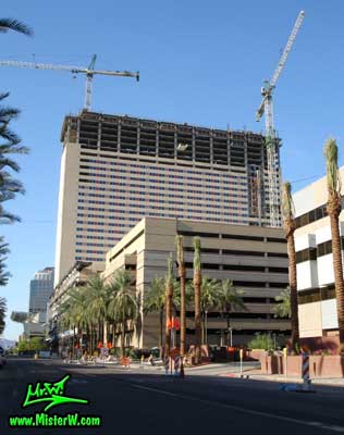 Photo of the Sheraton Phoenix Downtown construction, taken from 3rd Street & Fillmore Street in August 2007 Sheraton Phoenix Downtown construction & cranes