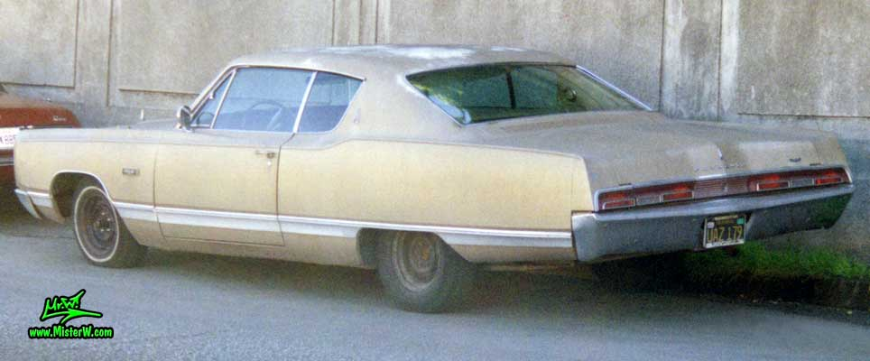 Photo of a gold brown 1967 Chrysler Plymouth 2 Door Hardtop Coupe in San Francisco, California. 1967 Plymouth Side View