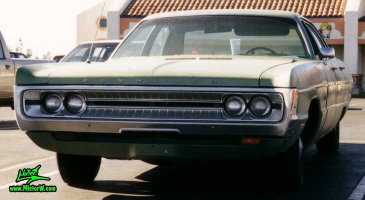 Photo of a green 1971 Chrysler Plymouth 4 Door Hardtop Sedan in Phoenix, Arizona. 1971 Plymouth Sedan
