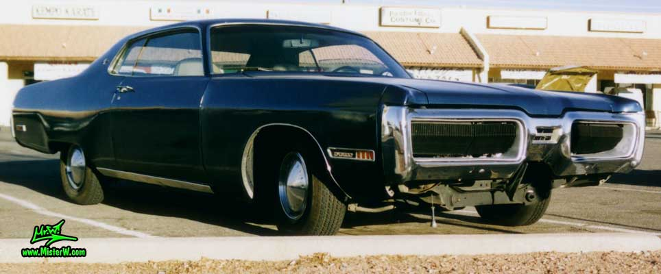 Photo of a black 1972 Chrysler Plymouth 2 Door Hardtop Coupe in Phoenix, Arizona. Black 1972 Plymouth