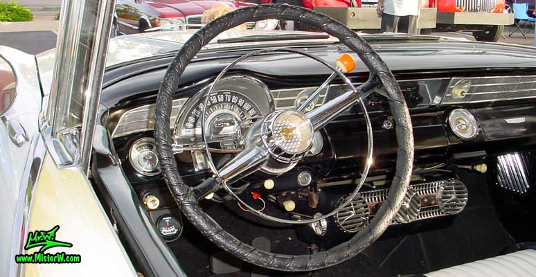 1956 Pontiac Dashboard & Interior | 1956 Pontiac Coupe | Classic Car Photo Gallery
