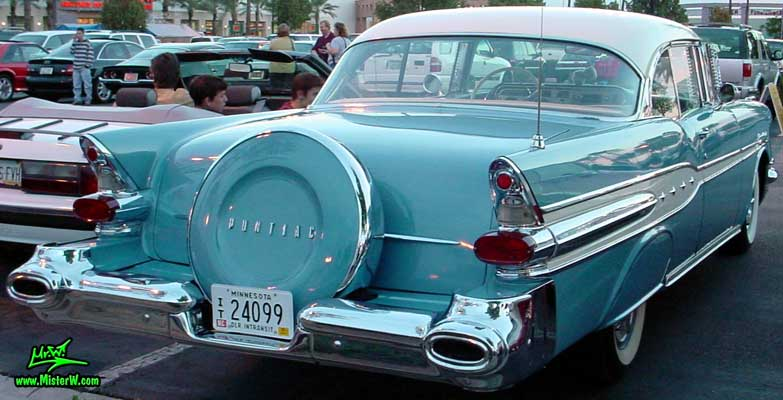Photo of a blue 1957 Pontiac 2 Door Hardtop Coupe at the Scottsdale Pavilions Classic Car Show in Arizona. 1957 Pontiac Sideview