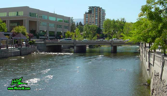 Photo of the Truckee River in Reno taken from Virginia Street looking west between Mill Street & 1st Street in summer 2002 Park Tower Condominiums in Reno, Nevada