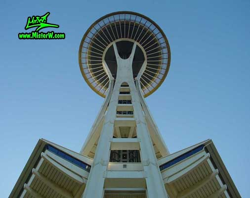 Photo of the Space Needle in Seattle taken in summer 2002  Spaceneedle in Seattle