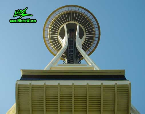 Photo of the Space Needle in Seattle taken in summer 2002