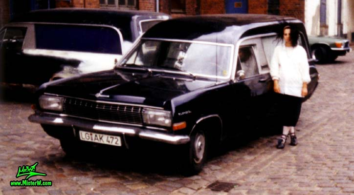 Opel Hearse Frontview | Opel Leichenwagen | Hearses, Ambulances & Flower Cars Photo Gallery